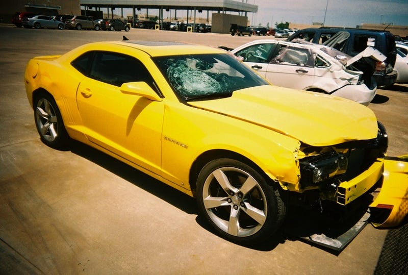 Illustration for article titled Rental Car Reach-Around: First Avis Camaro Wreck!