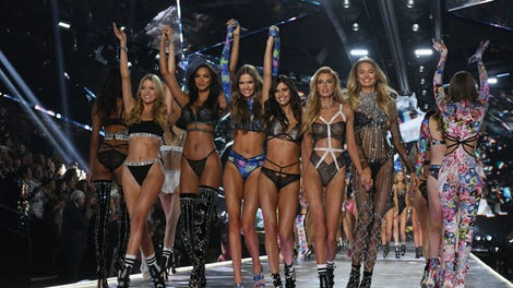 6050f839ff6 Victoria s Secret Doesn t Want Plus-Size or Trans Women Walking the Runway