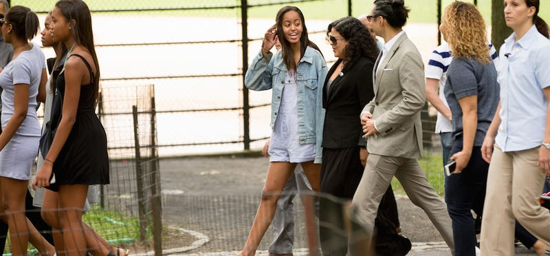 Illustration for article titled Malia Obama Is Your Next Fashion Icon