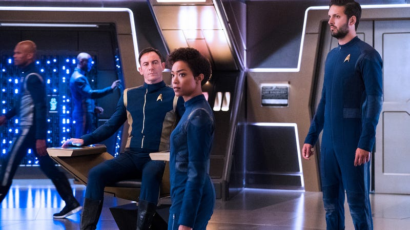 Illustration for article titled Alex Kurtzman will be steering the Star Trek ship for a while