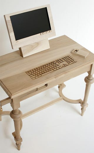 Illustration for article titled Dear Diary, I Saw a Wooden Workstation Today and I Think I'm In Love