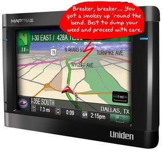 Illustration for article titled Uniden Packs Radar Detector Inside MapTrax GPS for High-Tech Cop Spotting