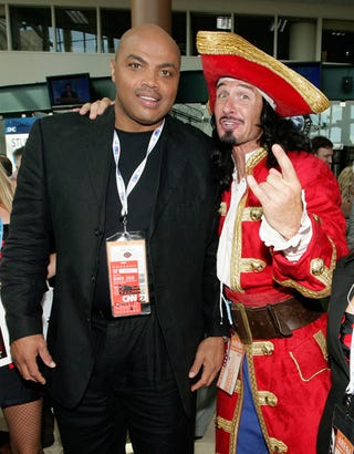 Illustration for article titled Afternoon Blogdome: Sir Charles and the Captain