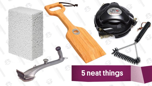 Five Grill Brushes That Will Keep Your Hot Dogs Soot-Free