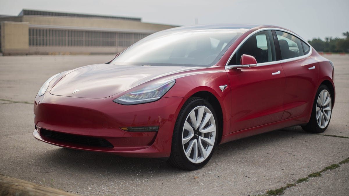 The 2018 Tesla Model 3 Long Range Is The Perfect Mix Of Ordinary And