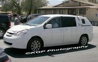 Illustration for article titled 2010 Toyota Sienna Spotted Testing In Desert, Not A Soccer Game In Sight