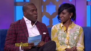 Pastor Jamal Bryant and singer Tweet on the July 29, 2016, episode of The Preachers.Screenshot