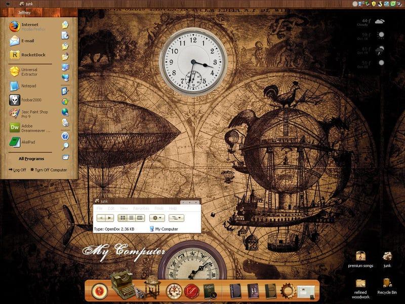 Illustration for article titled Old-Timey Woodworked Desktop