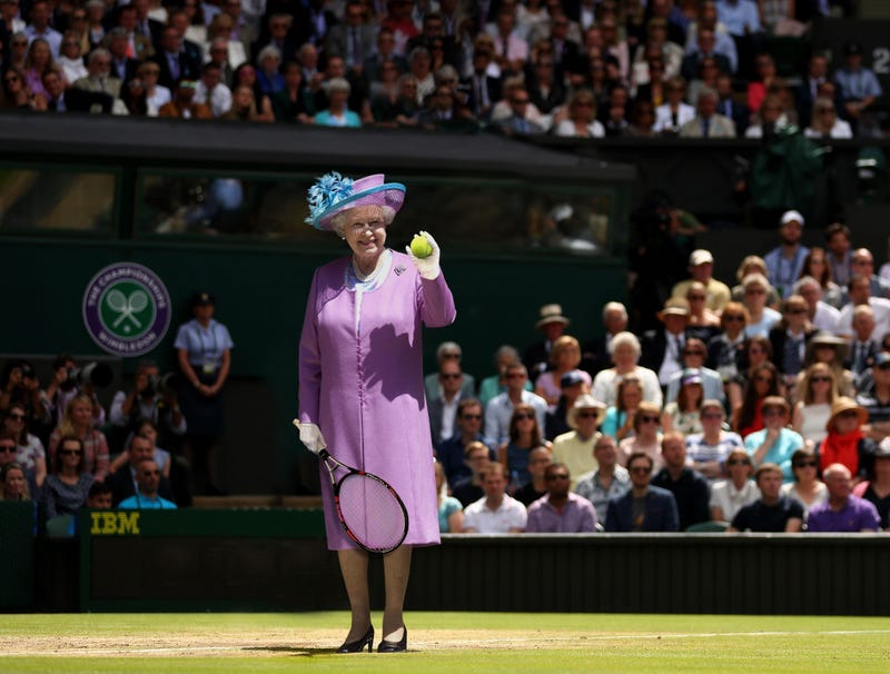 Illustration for article titled Queen Elizabeth Kicks Off Wimbledon By Serving Ceremonial First Ace Of Tournament