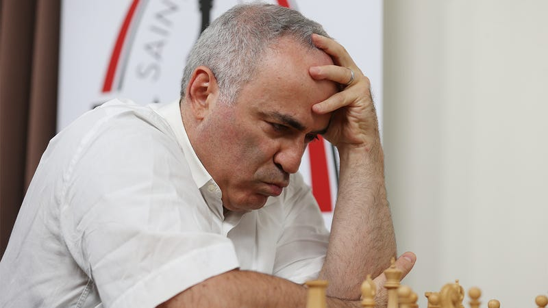 Illustration for article titled Deeply Troubling: Garry Kasparov Has Tested Positive For CTE After Years Of Using His Head To Hit The Chess Clock