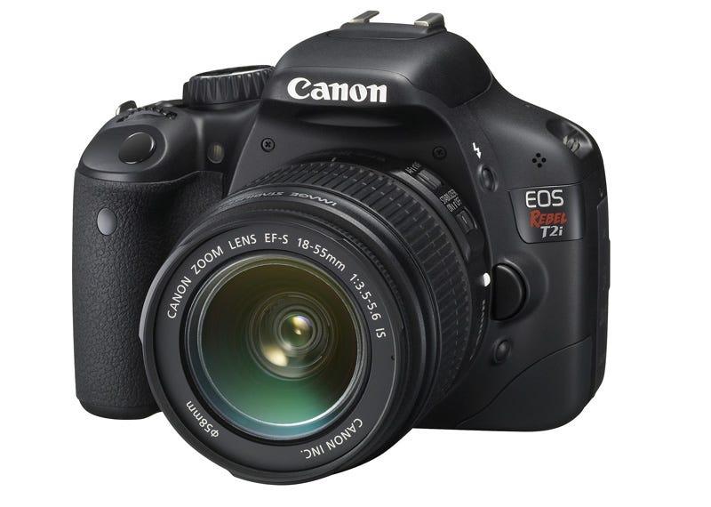 Illustration for article titled Canon Rebel T2i DSLR: 18MP and Legit 1080p Video for $899