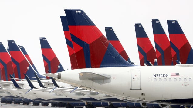 Thought You Could Easily Skirt Delta s In-Flight Mask Policy? Yeah, Not Anymore