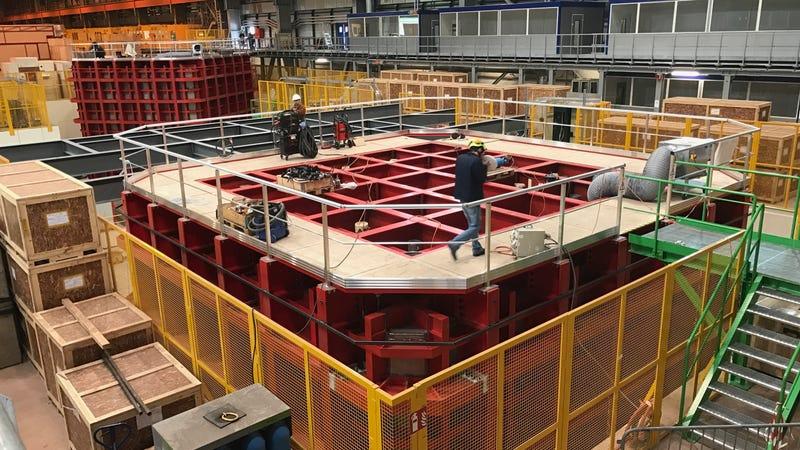 DUNE prototypes at CERN (Image: Ryan F. Mandelbaum)