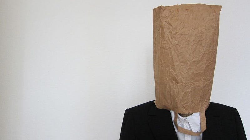 Illustration for article titled Why hyperventilating people breathe into paper bags (but shouldn't)