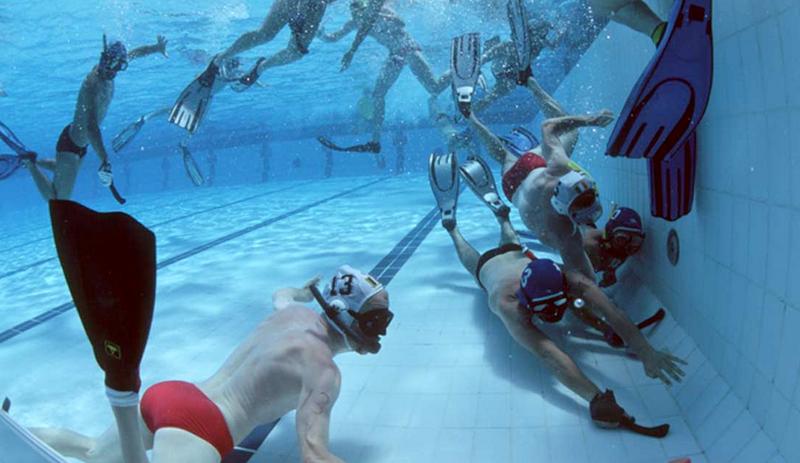 Illustration for article titled Eger lett a víz alatti hokizás fővárosa