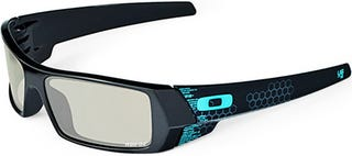 Illustration for article titled Oakley wants you to invest $150 in your Tron 3D experience