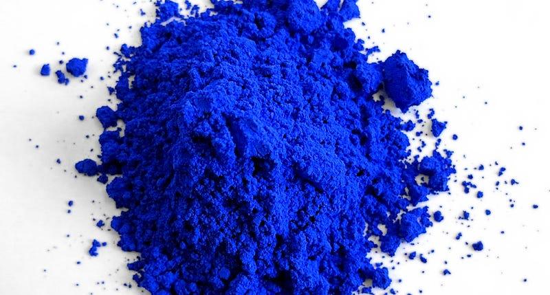 YInMn Blue. Wikimedia Commons