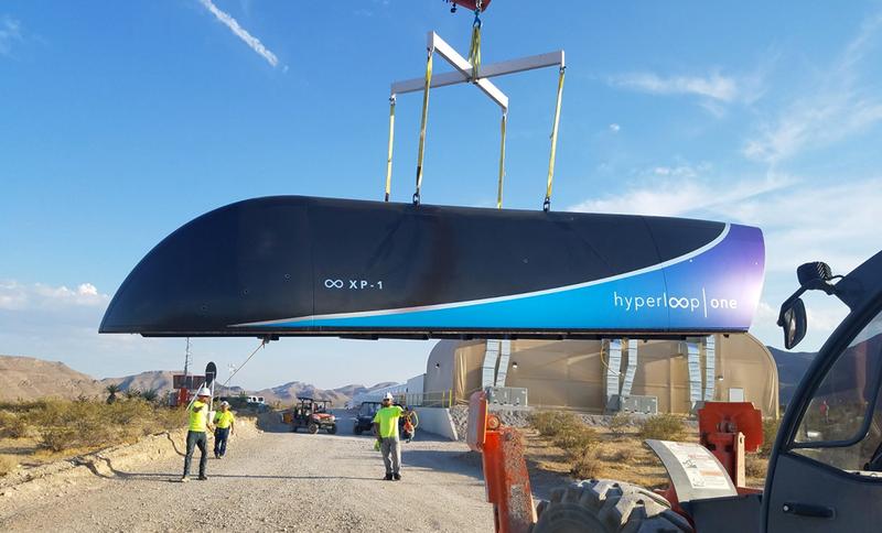 El tren supersónico de Hyperloop realiza su primera prueba