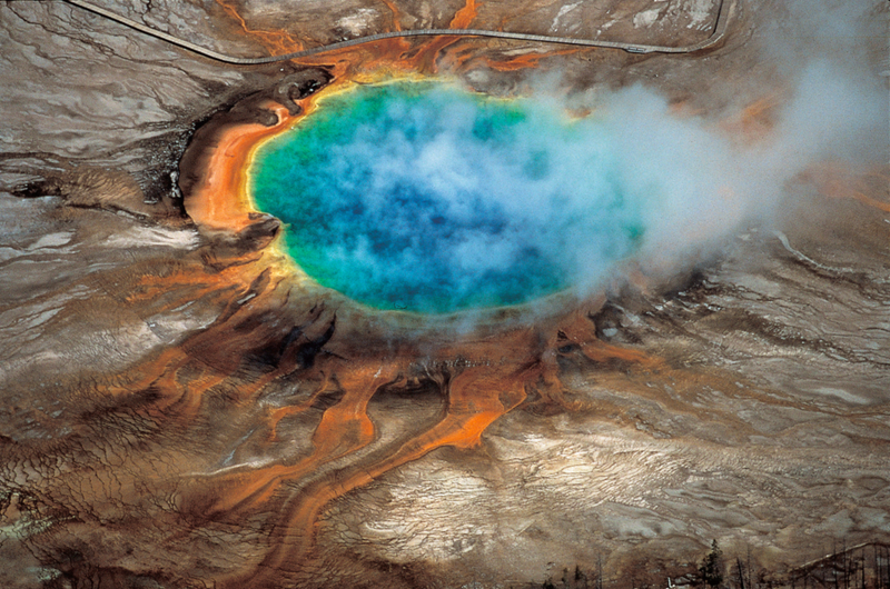 Illustration for article titled Geologists Unveil New Map Of Magma System Under Yellowstone Supervolcano