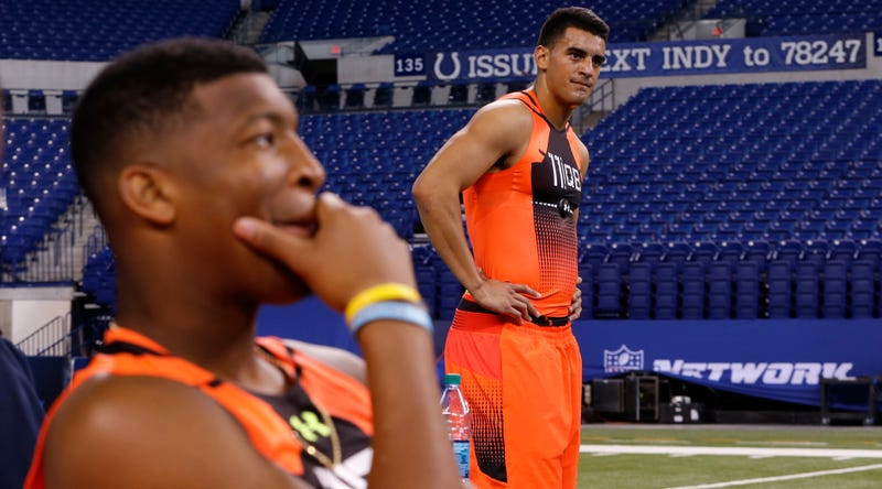 Latest NFL Draft Fluff: Marcus Mariota Is The No  1 Pick Now