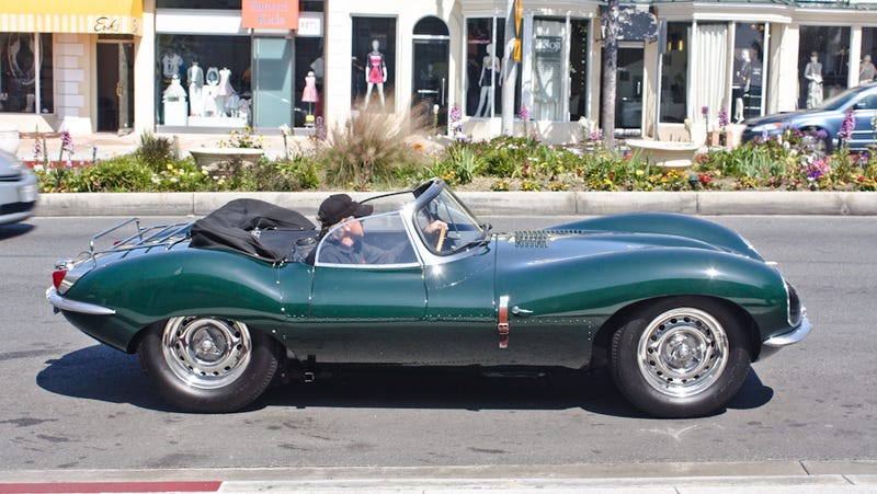 Illustration for article titled Riding shotgun in Steve McQueen's $10 million Jaguar XKSS