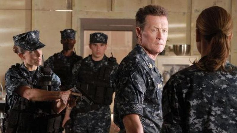 Illustration for article titled Robert Patrick on Last Resort and playing the T-1000
