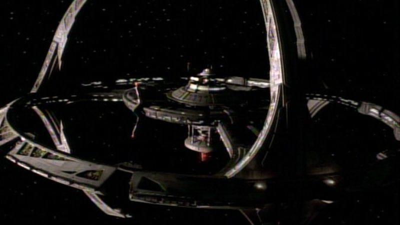 "Illustration for article titled Star Trek: Deep Space Nine: ""Emissary"""