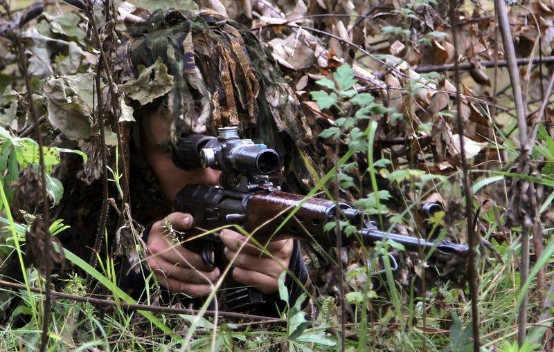 Un ruso bate el récord mundial de disparo con rifle de francotirador: 4,2 kilómetros
