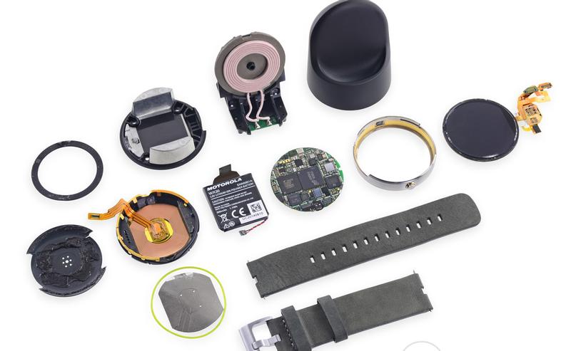 Illustration for article titled iFixit abre el Moto 360, encuentra batería inferior de lo anunciado