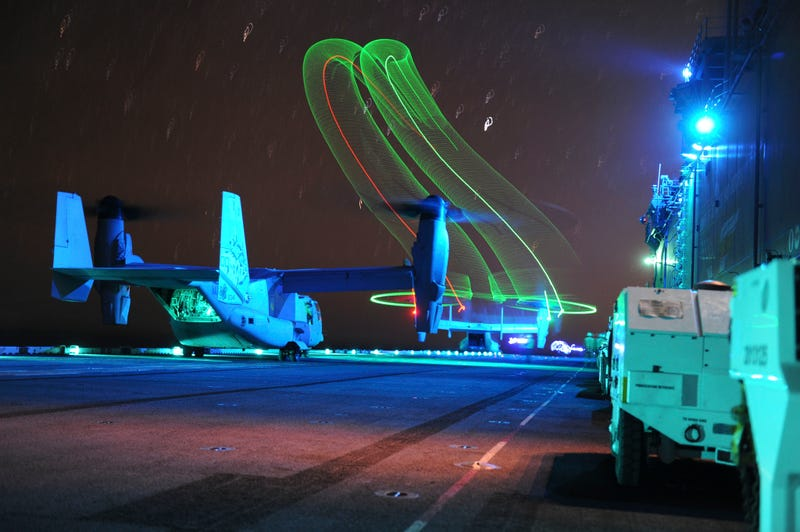 Illustration for article titled Cool photo of a V-22 Osprey launching from an amphibious assault ship