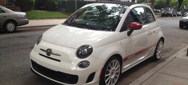 Illustration for article titled What Do You Want To Know About The Fiat Abarth 500C?