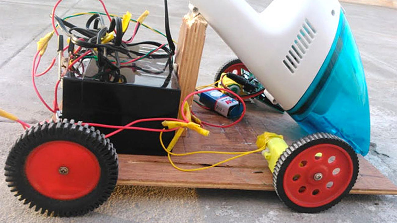 How to Build a Low-Budget Roomba