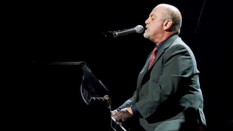 Billy Joel performs in Indianapolis in 2009. (Photo: Joey Foley/FilmMagic/Getty Images)