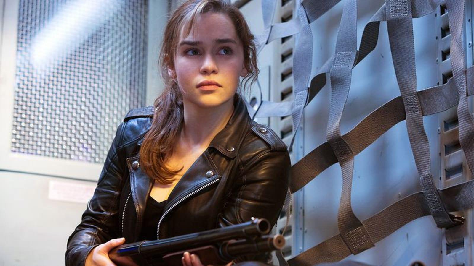 Actress Emilia Clark will play Sarah Connor 12/15/2013 94
