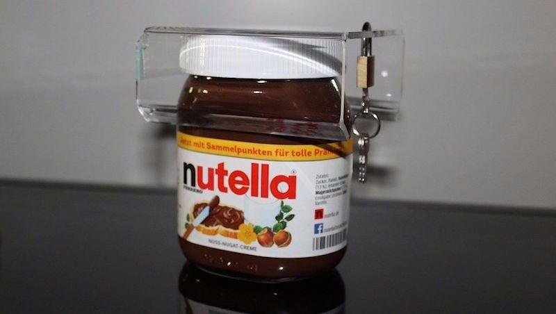 Illustration for article titled Este candado para la Nutella comenzó como una broma y ahora arrasa en eBay