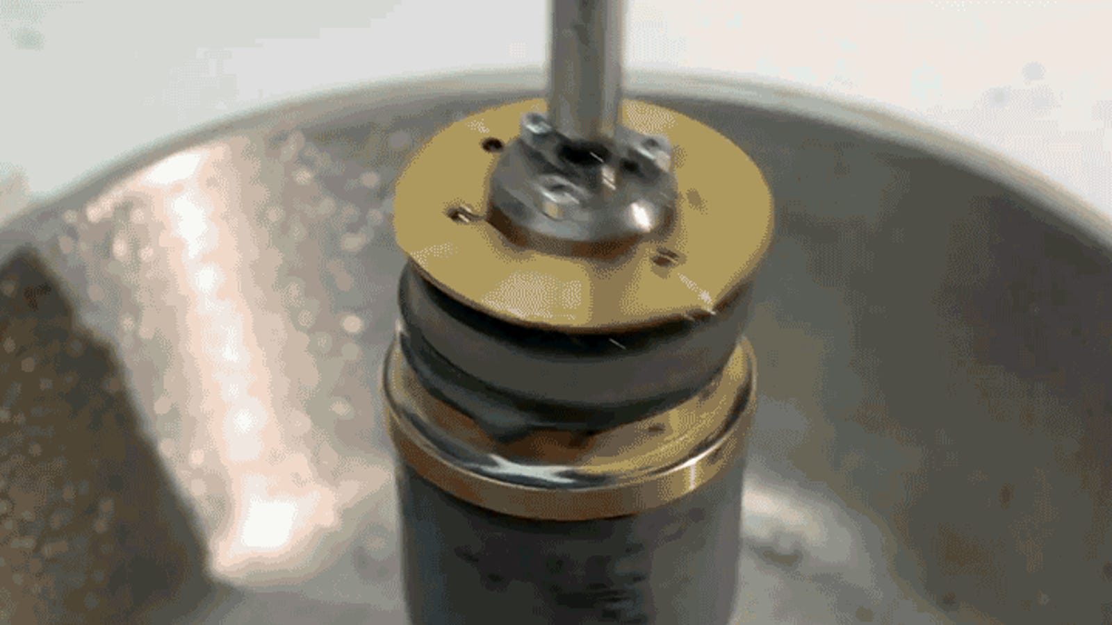 Watching Someone Make a Camera Lens From Scratch Explains Why No One Makes Camera Lenses From Scratch