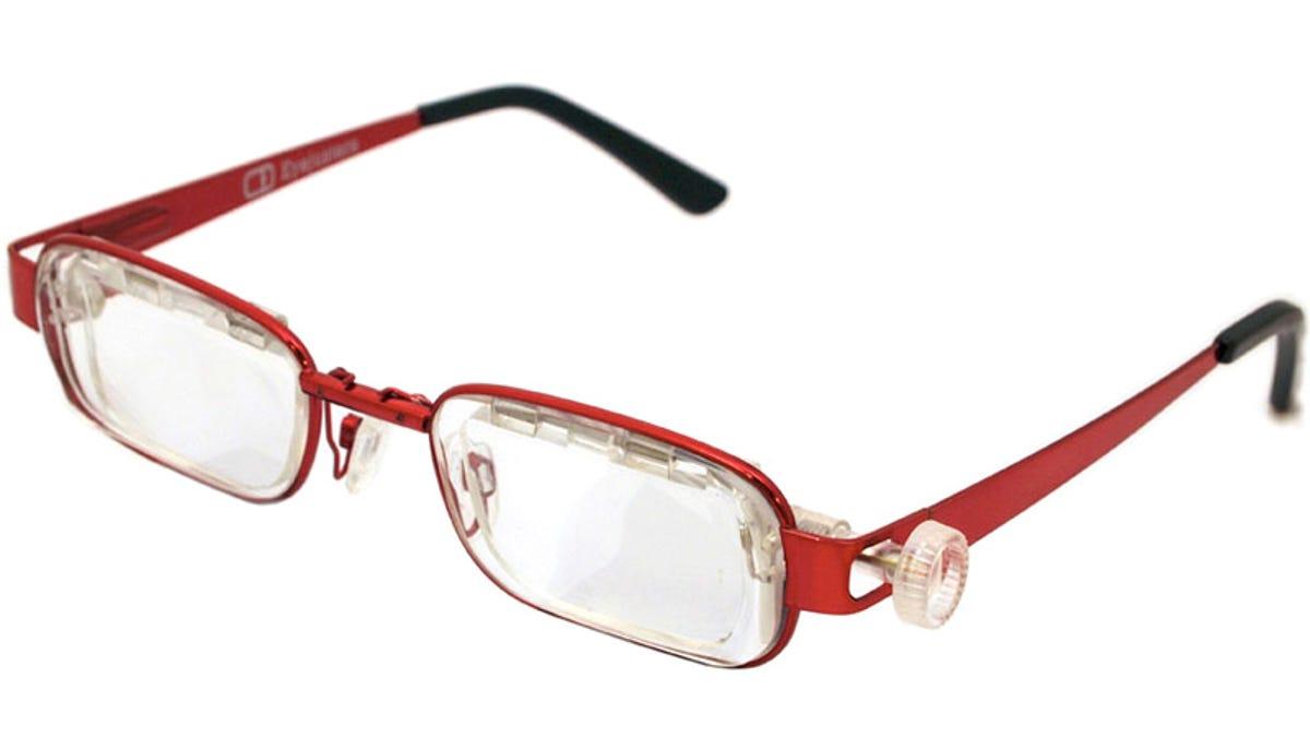 a2ab86a81dd Adjustable Sliding Lens Glasses Let You Tweak Your Prescription