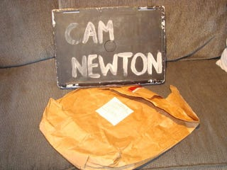 Illustration for article titled Yes, Cam Newton Wrote His Name On His Stolen Computer