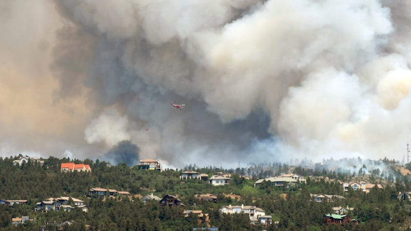 Illustration for article titled Colorado Springs Fire: Pictures