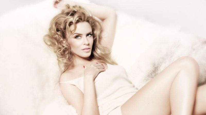 Kylie Minogue touches on dubstep, duets with Enrique, falls flat