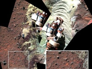 Illustration for article titled Evidence of liquid water found on Mars