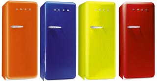 fab28 smeg 39 s hippest retro refrigerator is heading stateside. Black Bedroom Furniture Sets. Home Design Ideas