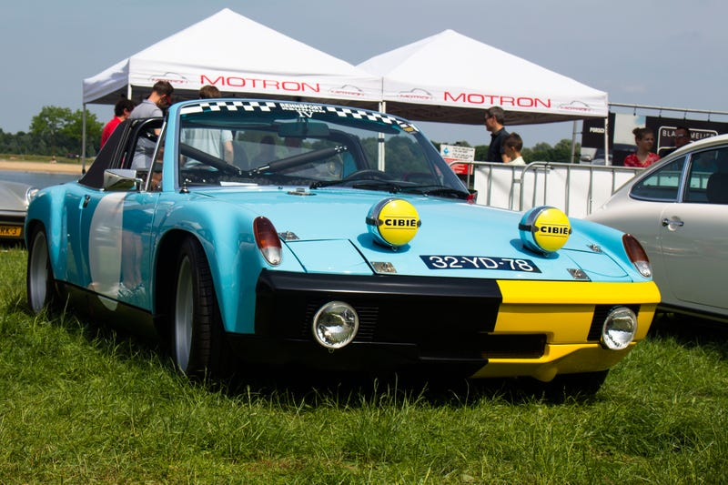 Opening with a 914, a bold move? Maybe, but it is so perfect