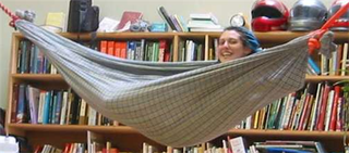 Illustration for article titled Make your own hammock