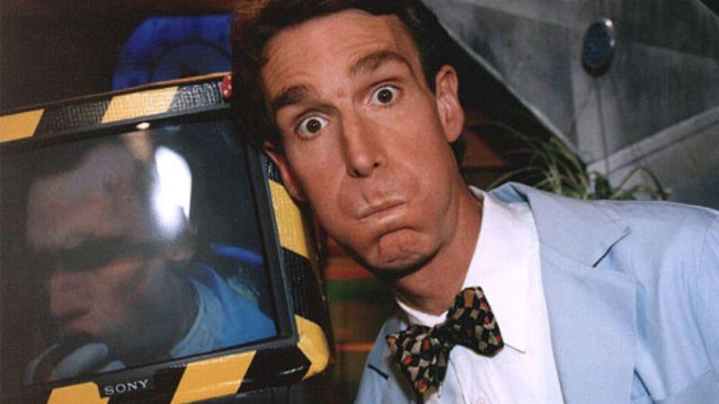Illustration for article titled Bill Nye explains how Superman shaves