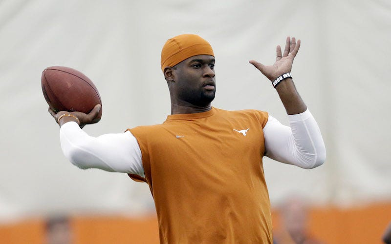 Illustration for article titled Vince Young Charged With DWI