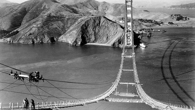Illustration for article titled The Golden Gate Bridge Looked Even More Stunning Before It Had a Road