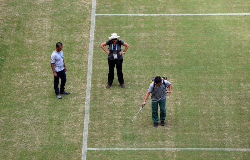 Illustration for article titled The Crappy Manaus Pitch Is Being Spray-Painted Green