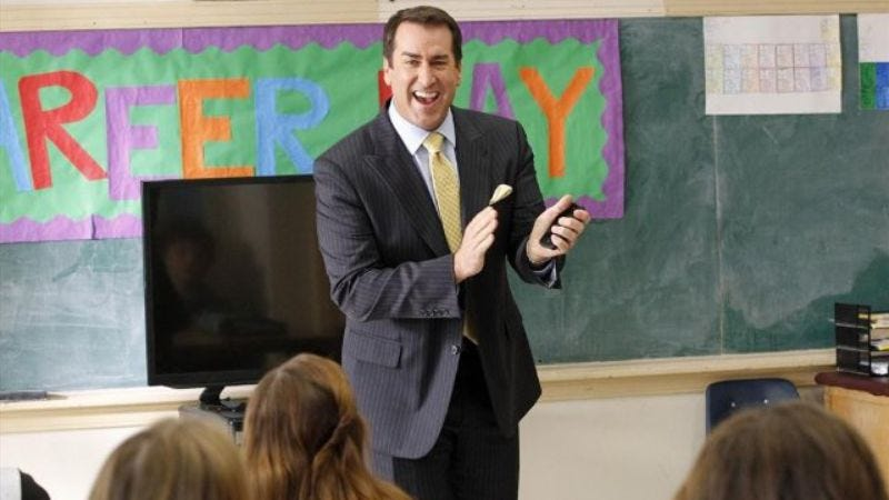 Photo: Rob Riggle, Modern Family (ABC)