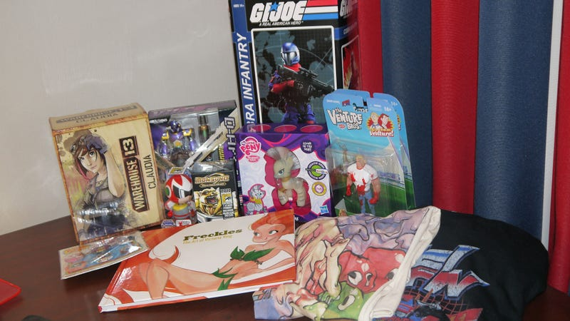 Illustration for article titled Comic-Con 2012: The Swag So Far